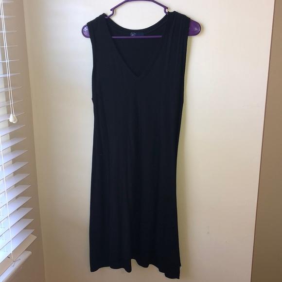 GAP Dresses & Skirts - Black gap dress